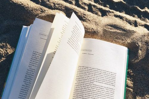 2018-1-8-the-year-of-reading-more-and-spending-less