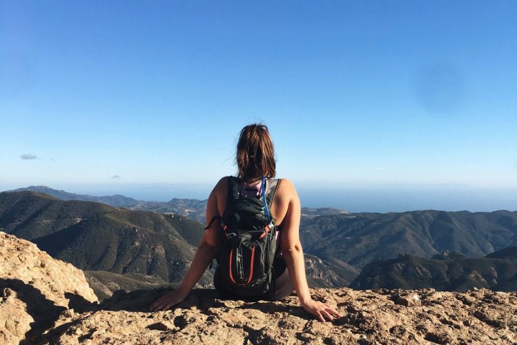 2018-3-26-x-ways-being-a-hiker-makes-me-a-better-traveler